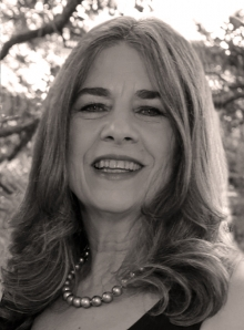 Stephanie Knopp headshot