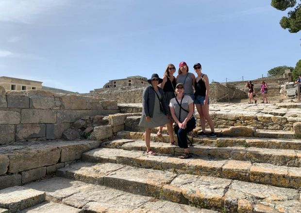 Tenninger Kellenbarger, Leanna Kolonauski, Rachel Salmon, Sydney Sarasin, and Lauren Wilson at Knossos, Crete