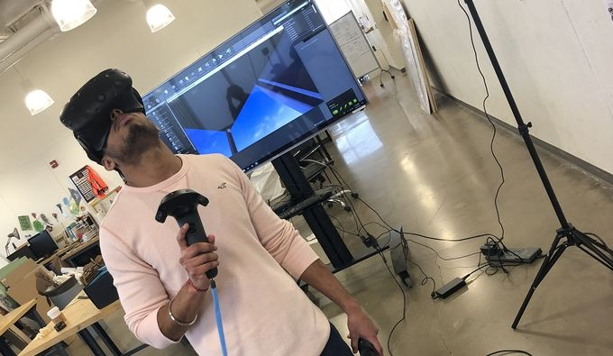 Tyler Architecture student using Virtual Reality technology