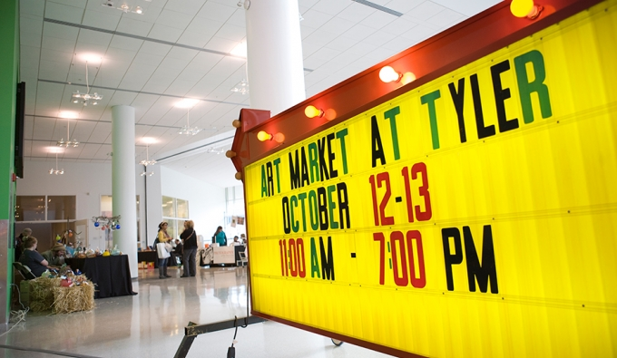 Tyler Art Market Sign