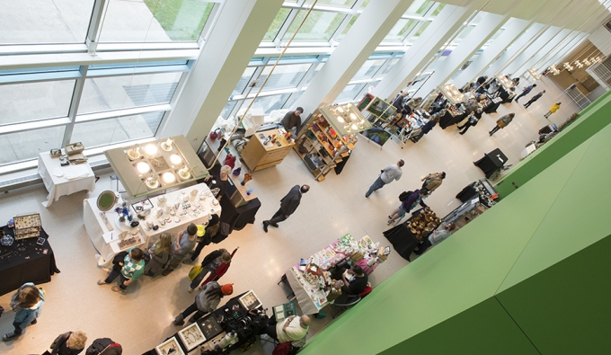 overview of Art Market in green hallway
