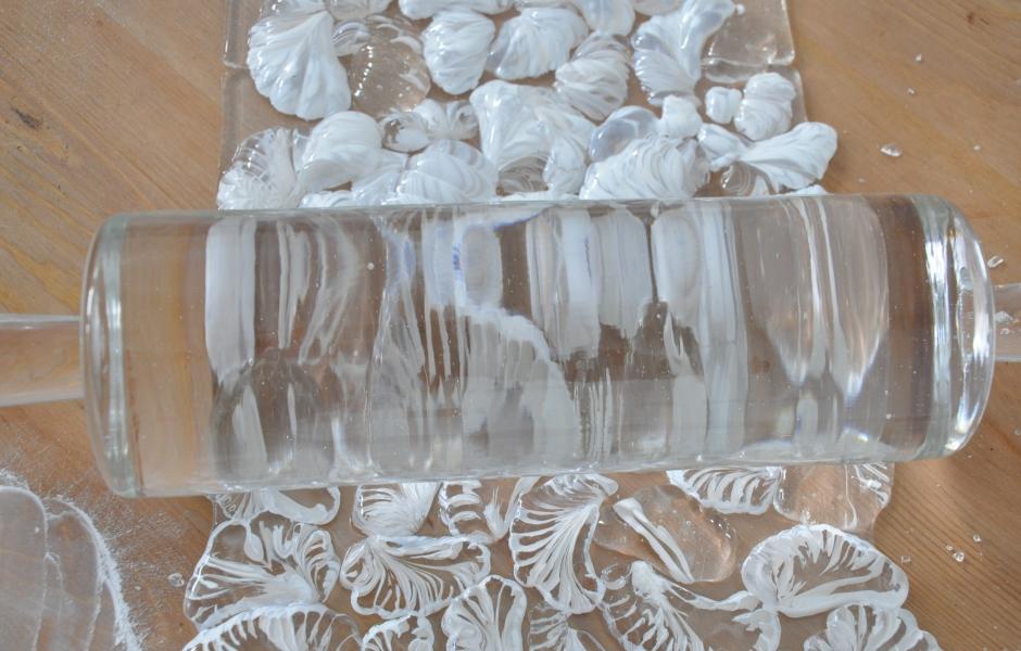Glass rolling pin detail