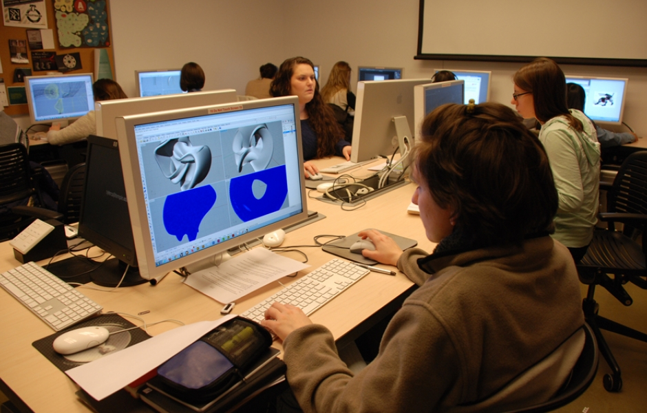 students on computer cad-cam lab