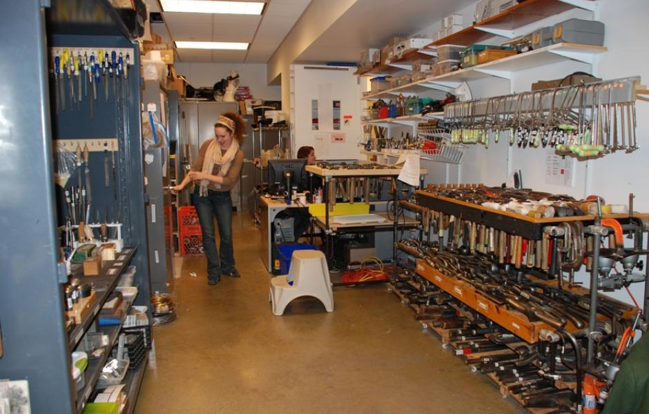 metals tool room