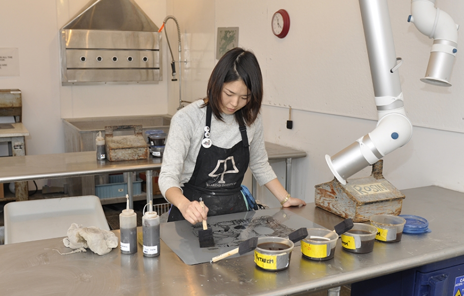 student working in printmaking lab